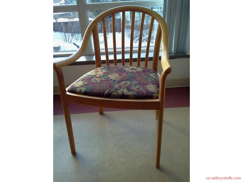 second hand/new: For sale Gently Used Maple-woods ascent Arm Chair